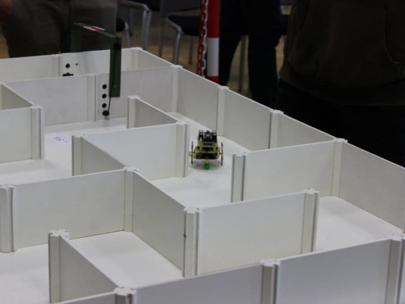Spintec sponsored 17th National Competition of controlled mobile robots